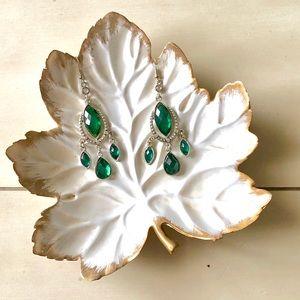 Jewelry - Emerald green chandelier earrings